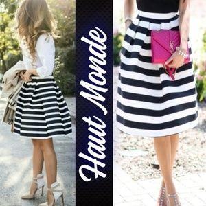 💋NWT Haute Monde Black White Striped Skirt